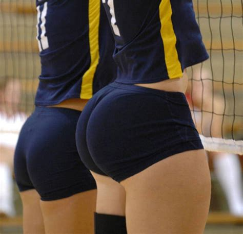 Photoshopped photograph | Volleyball Booty | Know Your Meme