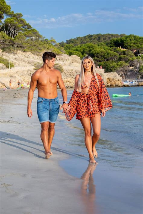 Belle Hassan with Anton Danyluk – Spotted on the beach
