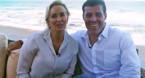 Anthony Robbins - Net Worth, Wiki, Height, House, Wife