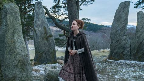 """Official Photos from 'Outlander' Episode 407, """"Down the"""