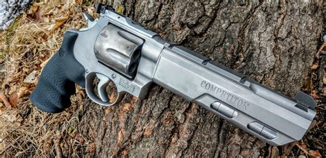 TFB Review: Smith & Wesson Performance Center 629